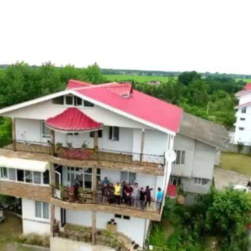 ویلا دربستی باپارکینگ استخرسرپوشیده باآب گرم – آستارا